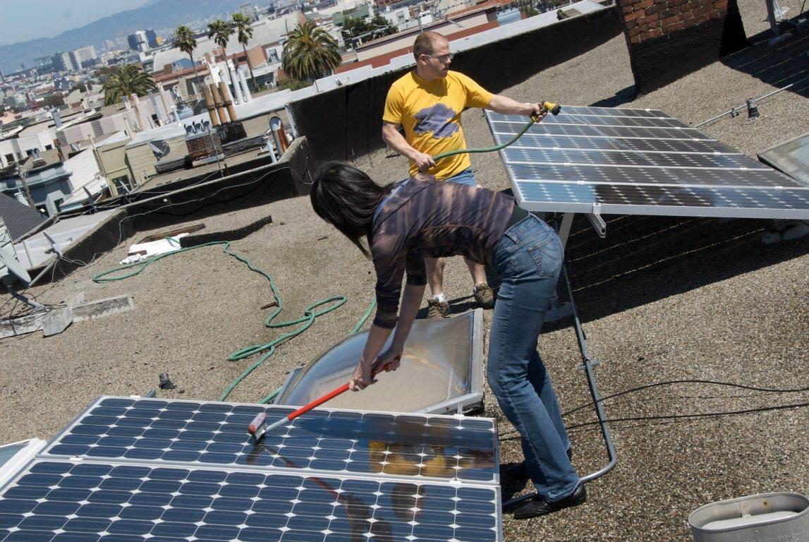 Enqu 234 Te 2019 Nettoyage Des Panneaux Solaires La