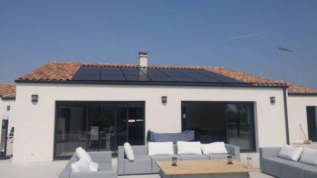 Maison panneau solaire photovoltaïque autoconsommation vente surplus intégration au bâti 6 kWc