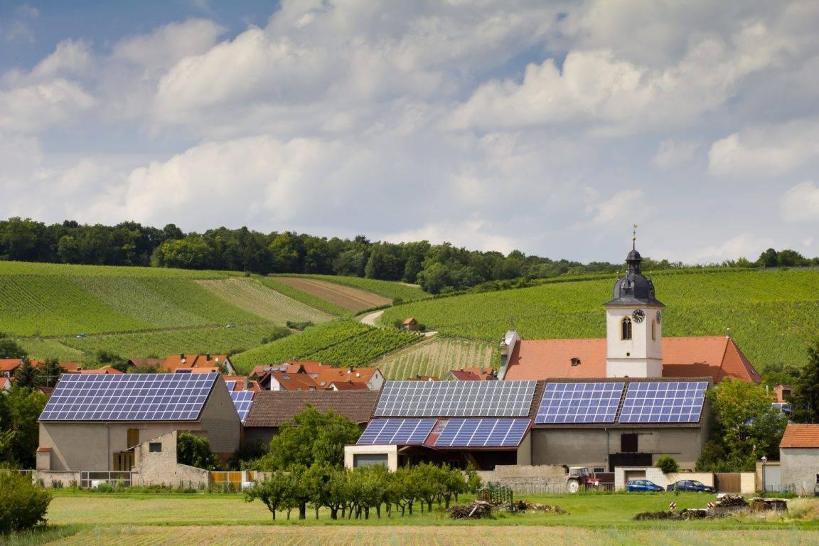 Installation Panneau solaire photovoltaïque zone classée proximité église