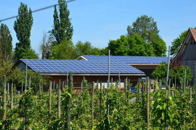 L'autoconsommation photovoltaïque permet de consommer sa propre énergie et de faire des économies sur sa facture d'électricité.