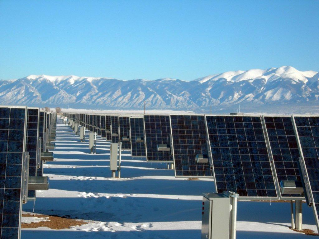 Durée de vie panneau solaire photovoltaïque conditions extrême montagne