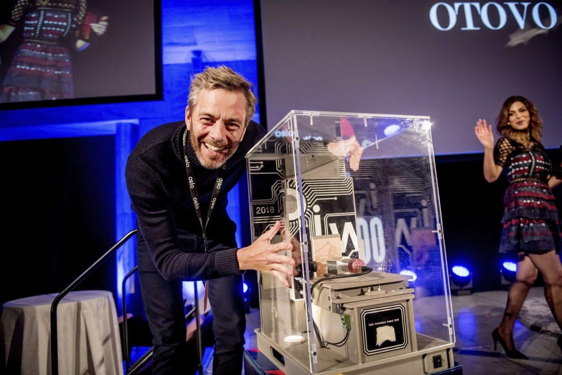 otovo remporte le oslo innovation award 2019 panneau solaire
