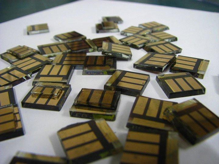Cellule solaire photovoltaique perovskite