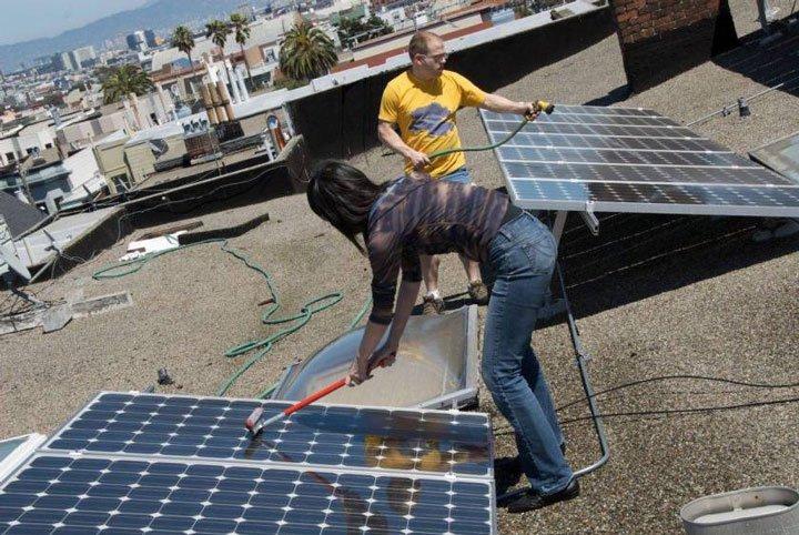 Nettoyage panneaux solaires photovoltaïque