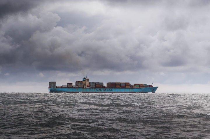 transport panneaux solaires par bateau cargo pollution