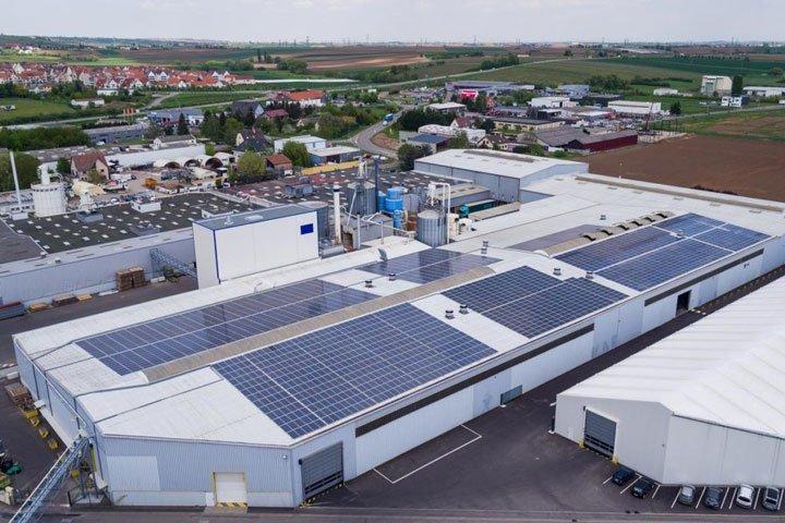Usine de fabrication des panneaux solaires Voltec à Marlenheim