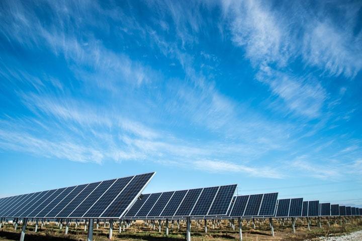 parc panneaux solaires photovoltaïques